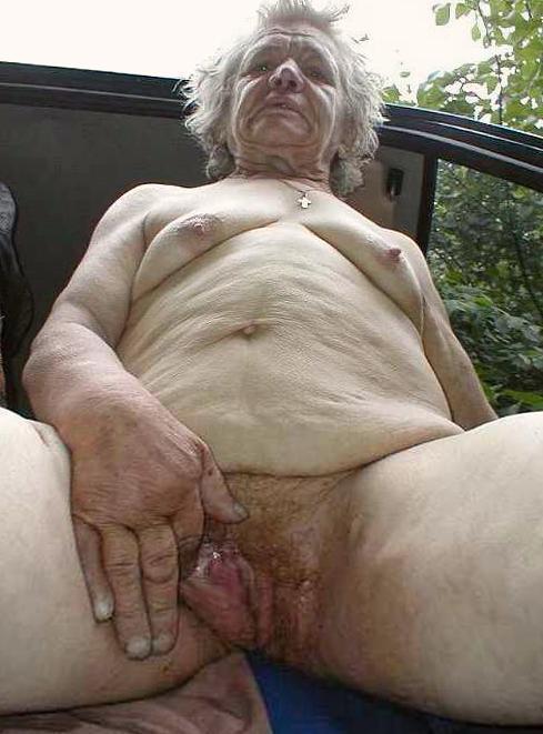 Nackte Alte Oma