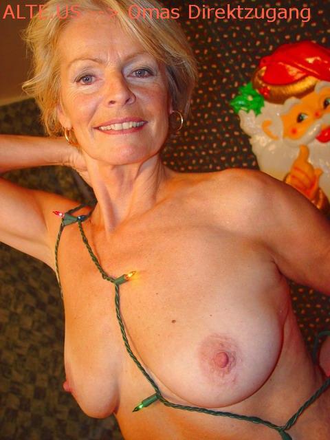 Maedchen Grossmutter Bikini Massage